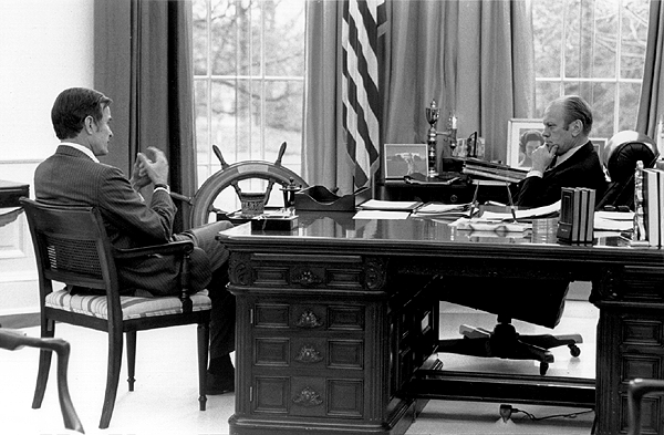 Photographs Gerald R Ford At Work In The Oval Office