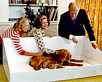 Susan, Mrs. Ford, and President Ford with Liberty and puppies