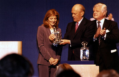 Caroline Kennedy and Senator Ted Kennedy present President Ford with the John F. Kennedy Foundation's Profiles in Courage Award.