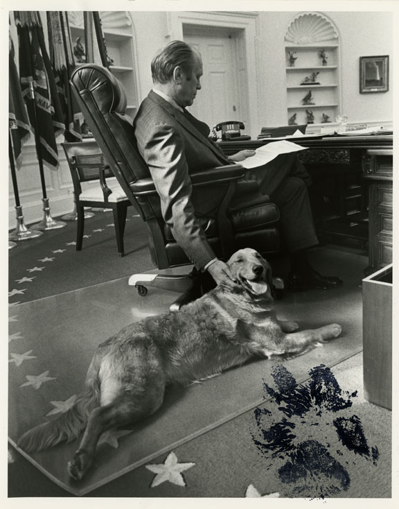 "President Gerald R. Ford and his dog Liberty signed with a ""pawtograph"""